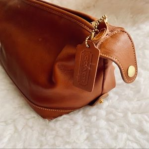 Vintage coach leather toiletry large bag